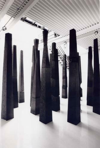Fiorella Rizzo, Cripta, 1991, exhibition view