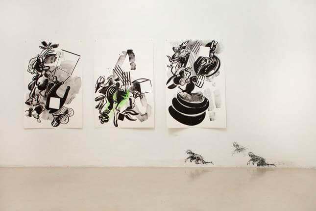 Lucio Pozzi, Se ti giri, vedi l'orizzonte che si addensa, 2011, exhibition view at STUDIO STEFANIA MISCETTI, photo by Achille Filipponi