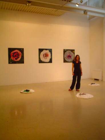 Malgorzata Markiewicz, Flowers, 2006, exhibition view