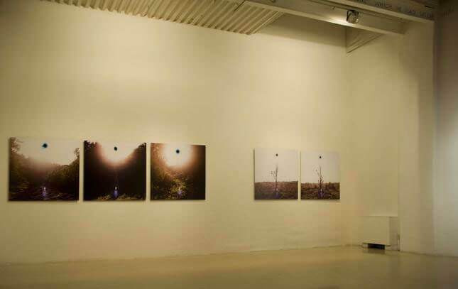 Marco Delogu, Soli neri, 2010, exhibition view