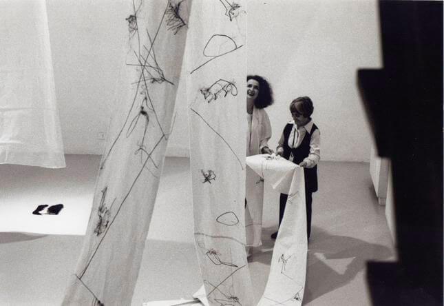 Maria Lai, La leggenda di Maria Pietra, 1991, exhibition view