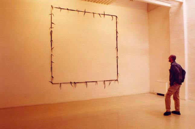 Paolo Canevari, Campo, 1998, exhibition view