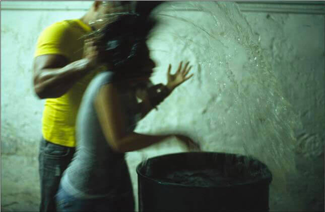 Regina Jose Galindo, Confesion, 2007 Courtesy prometeogallery di Ida Pisani