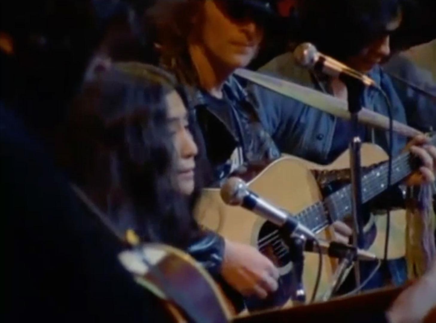 Yoko Ono, Sisters, O Sisters (live at The Apollo Theatre), 1971, John Lennon & Yoko Ono