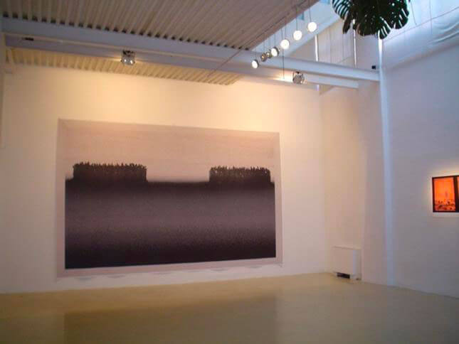 Michal Rovner, Coexistence, 2003, exhibition view